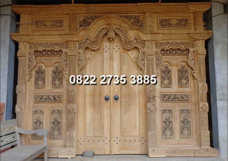 Pintu gebyok ukir kabupaten jepara