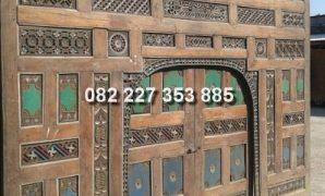 pintu gebyok jawa kuno