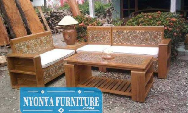 Kursi kayu jati koin ruang tamu Jakarta
