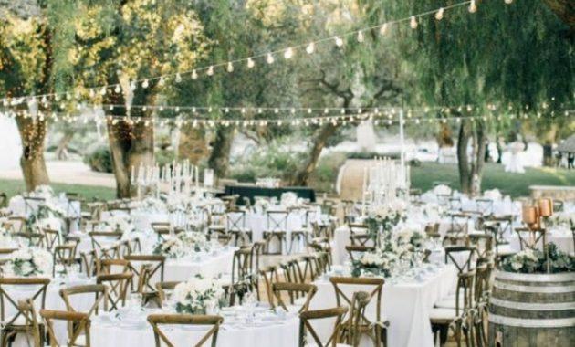 dekorasi kursi pernikahan rustic