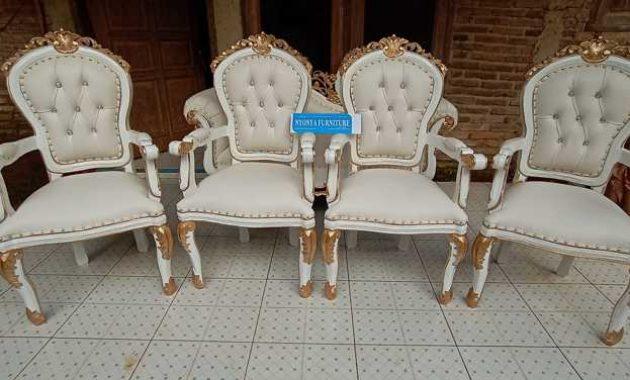 Kursi pengantin putih prancis