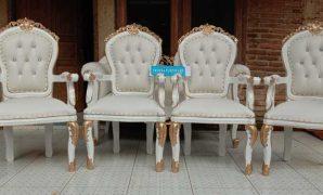 kursi pengantin perancis putih