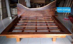 dipan kayu meh jumbo jepara