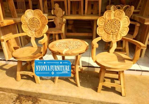 Kursi bunga matahari mentah