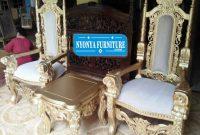 Koleksi Kursi Teras Raja Mewah
